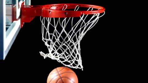 L'allenatore che cura l'autismo  con i passaggi di basket