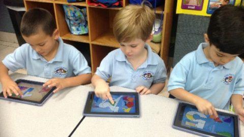 I tablet a scuola aiutano studenti stranieri e disabili