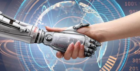App, robot e giochi: la tecnologia come supporto alla rete sociale