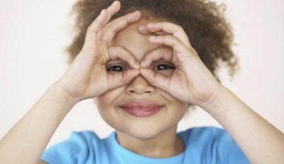 """Nuove teorie sull'autismo """"femminile"""". Quali differenze tra maschi e femmine?"""